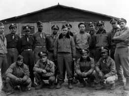 Group-portrait-tuskegee
